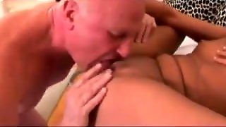 Old Man And Teen N Blonde Teen Babe - Gleecute.com