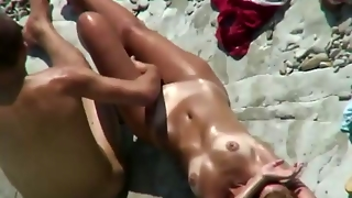Teens Have Sex On The Beach