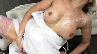 Busty Model Hard Squirt