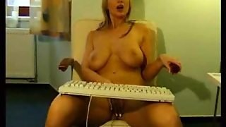 Big Tits Chick In Sexy Boots Plays With Cunt