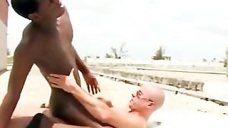 Black Gangsta Is Jumping In A Cock