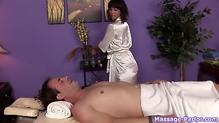 Massage-Parlor: Heavy Metal Massage