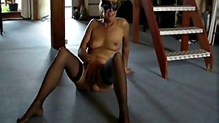 Mature Short Hair Milf Naked