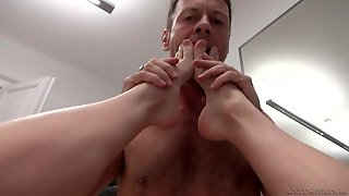 Young Blonde Fucked By Porn Legend Rocco Siffredi