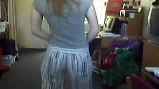 Redhead Amateur Girlfriend Striptease