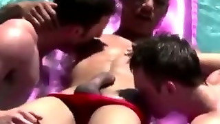 Muscley Twink Teens Suck On Cock