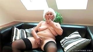 Aged, Old Pussy, Fuck, Granny, Cock Sucking, Old, Suck, Fellation, Blowjob, Oral Sex, Blowjobs