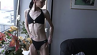 Anorexic Jessica 04