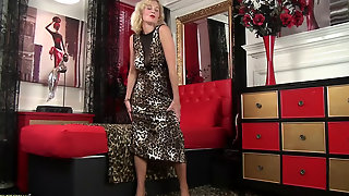 British Milf Strips Off Her Leopard Print Dress