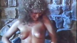 Very Hot Blond Haired Bitch With Awesome Ass Gets Drilled