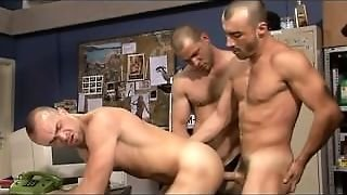 Threesome Muscle