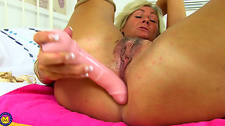 Mature British Milf Housewife Ellen B. Solo