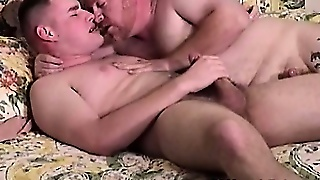 Old Gay Auntie Sucking Fattie Gays Dick