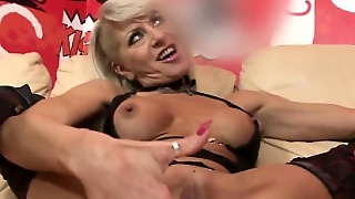 Cathy E Fucking And Sucking