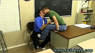 Gay Twink With Small Dicks Ryan Sharp Is Stuck In