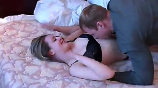 Alisa Gives Head To A Guy And Lets Him Smash Her Shaved Twat