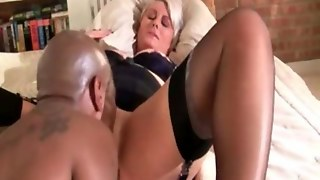 Thick Old Mature Wife Gets Her Pussy