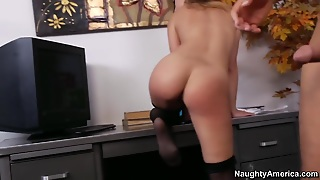 Kristina Rose & Rocco Reed In Naughty Office