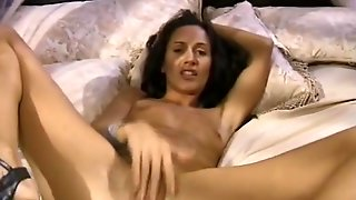 Intense Orgasm For Italian Wife
