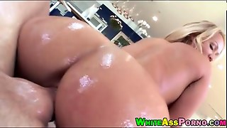 Huge Booty Ho Austin Taylor Gets Pounded By Hard Monstercock