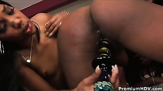 Darky Ariel Alexus Wants This Lesbian Sex Session With Horny Kapri Styles To Last Forever