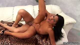 Hot Asian Lass With Meat On Her Wais Gets Railed