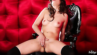 Shyla Jennings Is On Fire In Solo Action