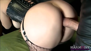 Busty Babe In Interracial Threesome