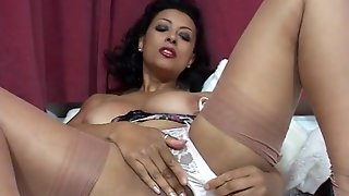 British Milf Danica Collins Gets Her Knickers In A Twist!
