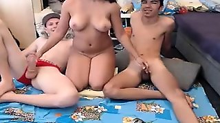 Homemade Amateur Hardcore College Threesome