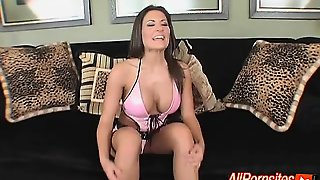 Cock Sucking Busty Babe In Latex