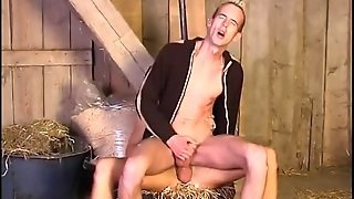 Blowjob And Hot Butt Fucking In The Barn