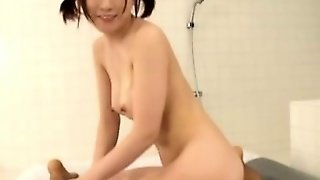 Sexy Japanese Teen Gives Oily Massage