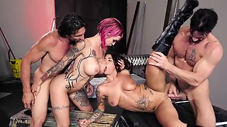 Gorgeous Porn Divas With Colorful Tattoos And Two Muscled Males