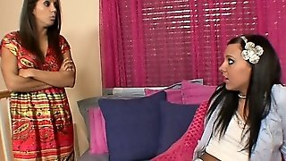 Francesca Le And Ivy Winters Are A Mother And The Mother's