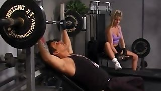 Milf Nina Gets Pussy Licked At The Gym