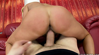 Hairy Mature Orhidea - Old Maid Gets Fucked