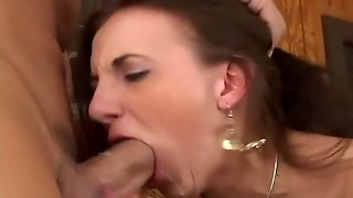 Huge Buttocks Blonde Chick Banged Very Hard And Got A Facial