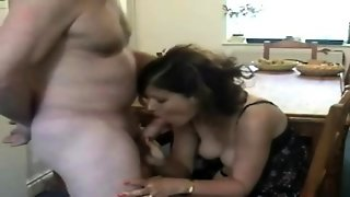 Milf Amateur Blowjob And Swallow