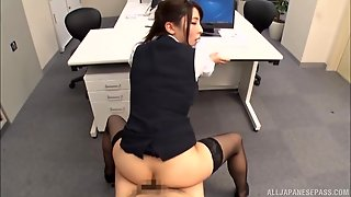 Gorgeous Secretary Shirasaki Yuzu Gets Pounded In The Office