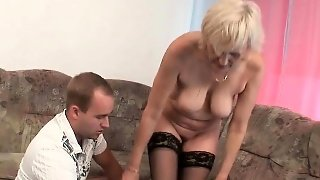 Blow Your Load On Mom\\'s Face