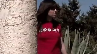 Spanish Babe Shows Her Man Some Outdoor Love