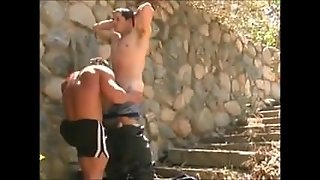 Muscle Daddy Outdoor Fucking