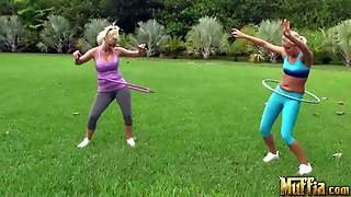 Molly Cavalli And Vanessa Cage Do Exercises In The Open
