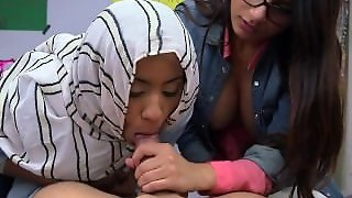 Mia Khalifa Teaches Muslim Girl To Suck Cock