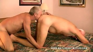 Silverdaddy Bareback His Mature Fuck Buddy