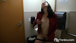 Cute Lilith Masturbating In Bathroom