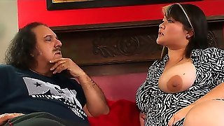 Kelly Shibari And Ron Jeremy Have An Interview. The Man Asks This Fat Lady Some Provocative Questions And She Reveals Her Nature. The Babe Is Very Naughty And Very Hot!