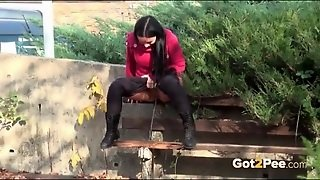 Cutie Drops Her Pants And Pees On A Park Bench