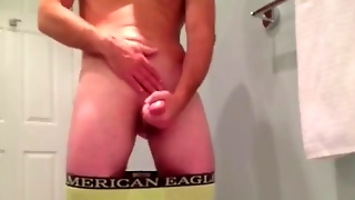 Multiple Orgasms And Hands-Free Cumshots